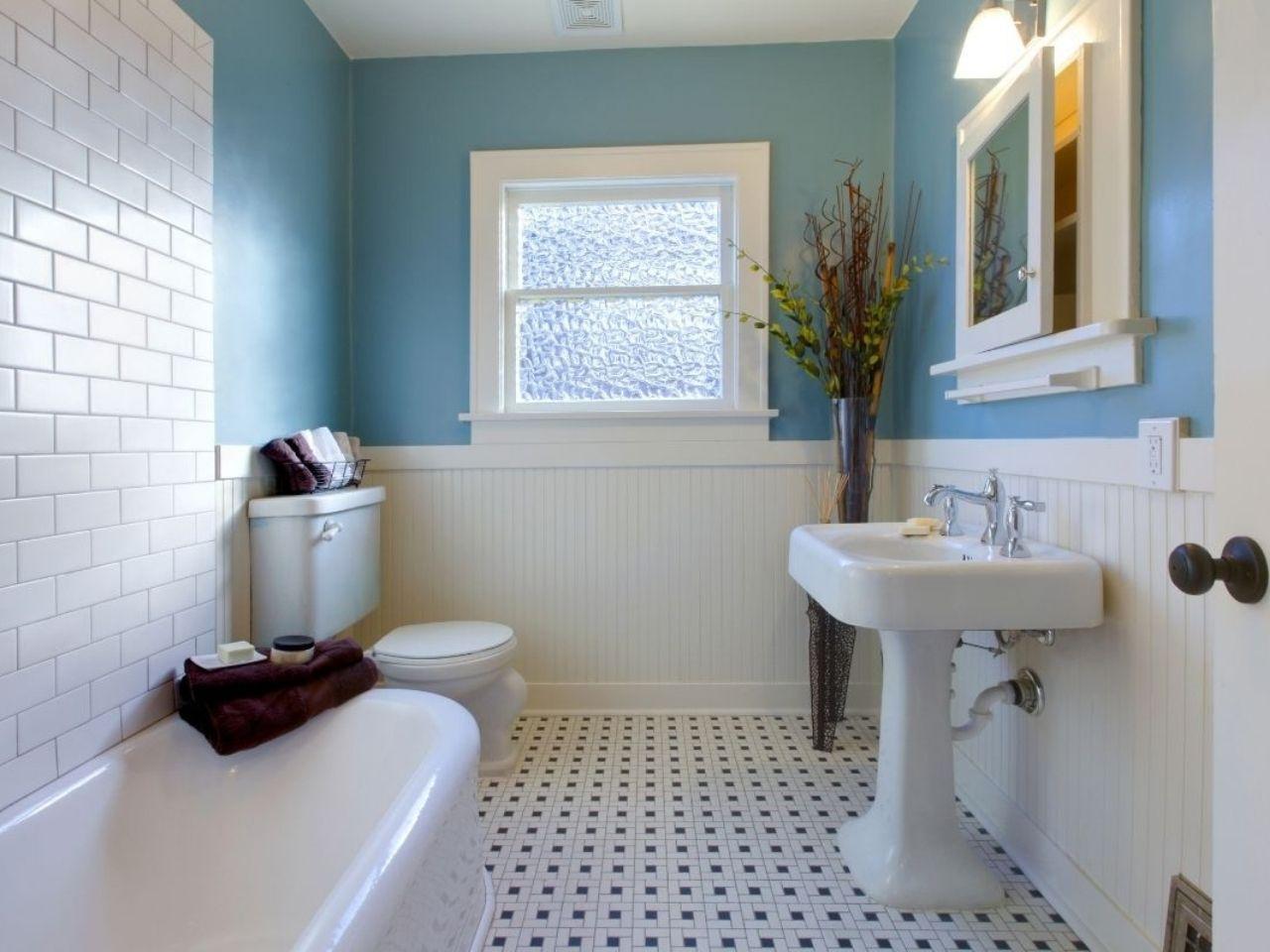 Blue bathroom suite